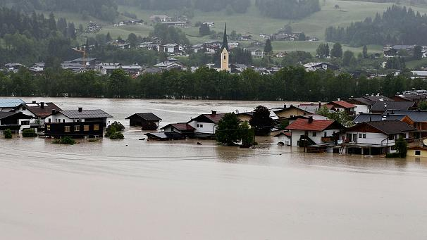 606x341_226762_flooding-in-czech-republic-german.jpg